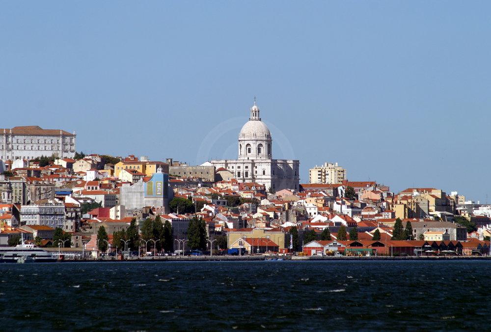 Blick von Cacilhas auf Lissabon   - proceed to photo gallery